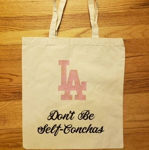 Don't be Self Conchas Tote